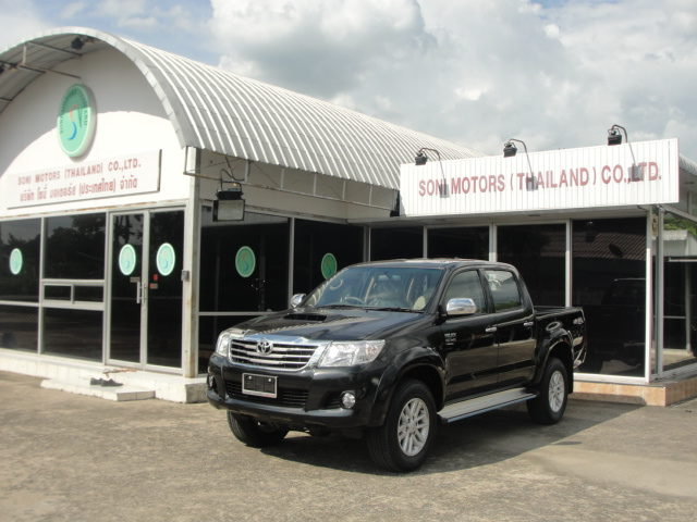 New Model Toyota Vigo Hilux Champ 2012 2011 2013 Vigo available at Thailand, Dubai, Singapore and England United Kingdom and UK top dealer